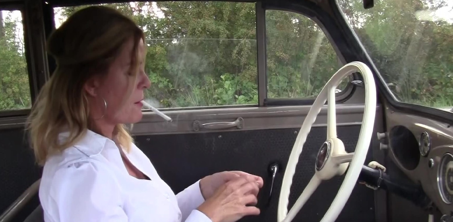 Pedal Classic Video: Ava smoking and driving in the 1940 Opel